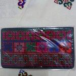 กระเป๋าใส่ธนบัตร สีดำ ลายดอกส้มแซมชมพู เขียว สดใส