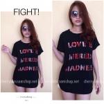 Love Is T-Shirt เสื้อยืดเลเซอร์คัทลายตัวอักษร สีดำ