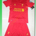 ชุดทีมเหย้า Liverpool 2012 - 2013