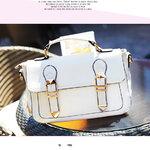 กระเป๋า maomaobag สีขาว ทรงน่ารัก ทะมัดทะแมง พร้อมสายสะพายยาว