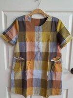 เสื้อคลุมท้องลายสก๊อตสีเหลืองสลับสี น่ารัก พร้อมกระเป๋าล้วง 2 ข้างกระดุมแกะหน้า ผ้าเนื้อนิ่ม
